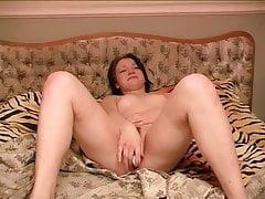 Teen Masturbates with a Dildo