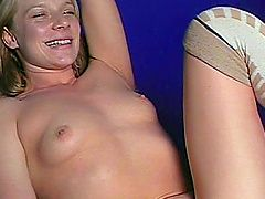 Hot and horny blonde porn chick...