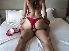 Vacation sex with a stranger I...