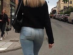 Dream ass in jeans3
