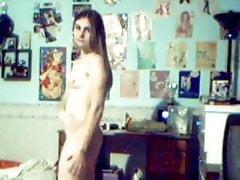 18yo Hairy Teenie Nude Cam