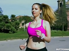 Stella Cox Bouncy Workout