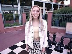 Real Teens - Cute Blondie Lily...