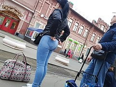 Bubble butts sexy girls in tight...