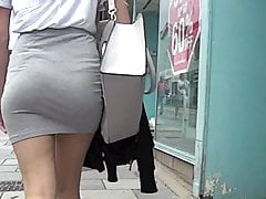 Teen ass in miniskirt