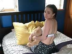 LITTLE SISTER PJ STRIPTEASE -...