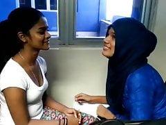 Sri lankan muslim girl &...