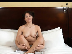 Cute Teen does her first porn