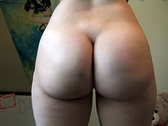 Amateur Webcam Cute Teen Plays...