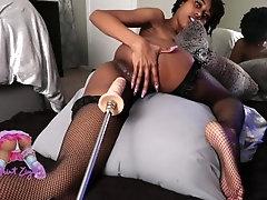 Saint Ziya vs sex machine