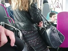 Teen sexy ass in bus
