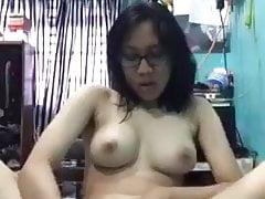 Indonesian Teen Masturbating