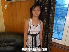 Baby-Faced Filipina Teen Fucks...