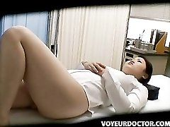 Hidden Voyeur Cam at Schooldoctor
