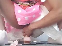 Diaper sissy cumming on herself...