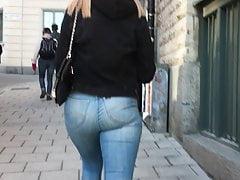 Dream ass in jeans2
