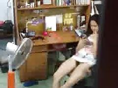 hidden cams girl vietnam part 2