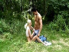 Pussy-hammering with a playgirl