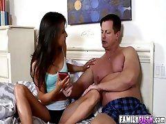 Horny hot babe Kendra Khalessi...