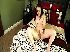 Slurping a gigantic male cock