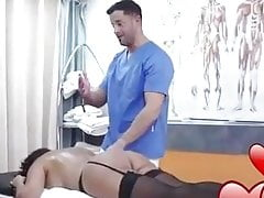 Masseur Fucks Lady