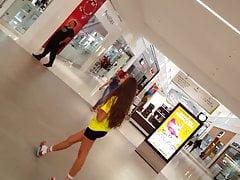 Candid voyeur teen shopping...